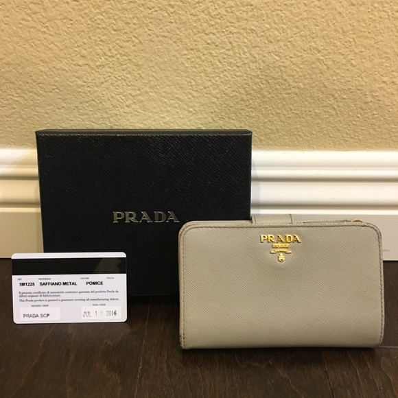 exceptional range of colors novel design professional website Prada Medium Saffiano Leather Wallet